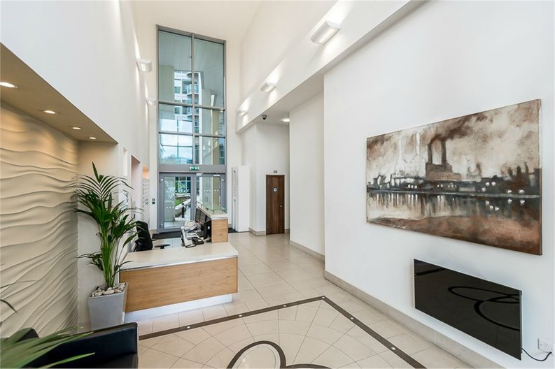 1 bedroom(s) apartment to sale in Vicentia Court, Bridges Court Road, London-image 7