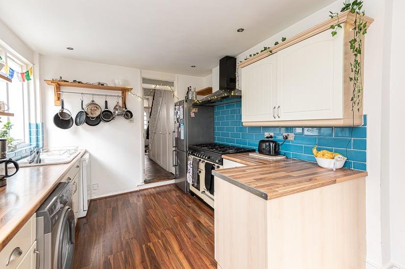 5 bedroom(s) house to sale in Endsleigh Road, West Ealing-image 6