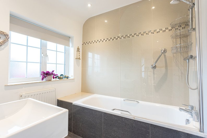4 bedroom(s) house to sale in Hale Lane, Mill Hill, London-image 5