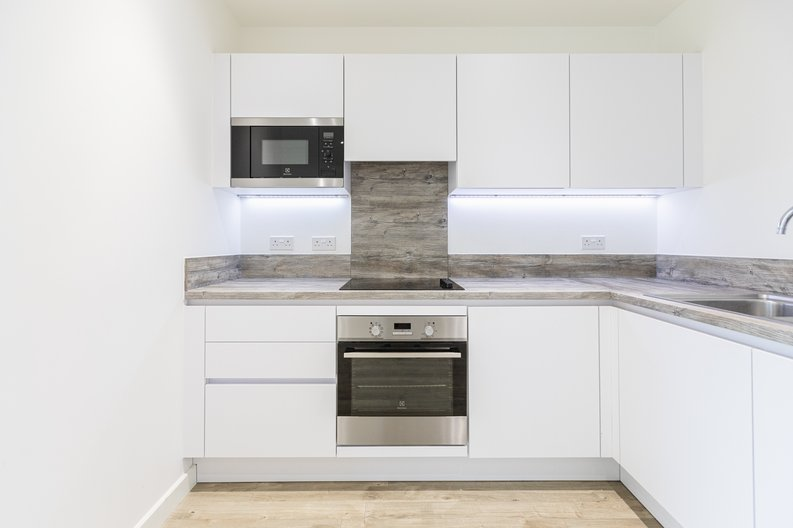 2 bedroom(s) apartment to sale in 33 Olympic Way, Greater London, Wembley-image 5