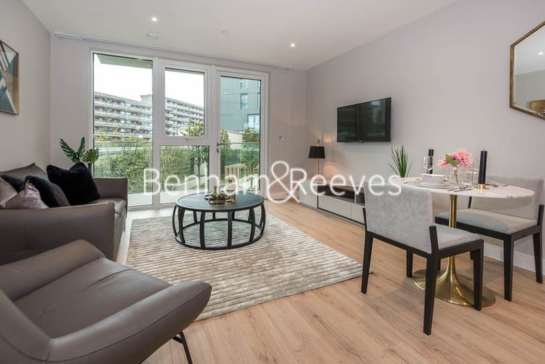 1 bedroom(s) apartment to sale in Marquis House, Sovereign Court, Hammersmith-image 1