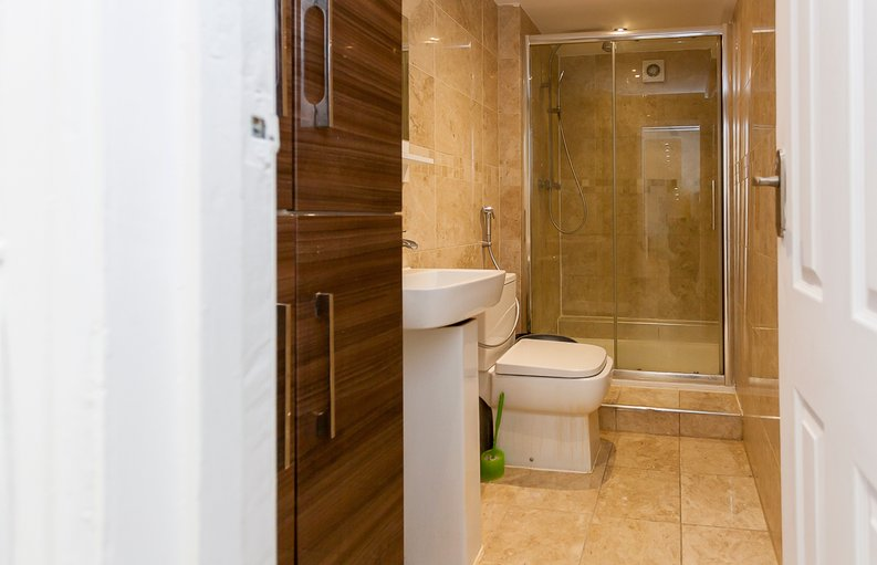 3 bedroom(s) apartment to sale in Park West, Edgware Road, Hyde Park, London-image 4