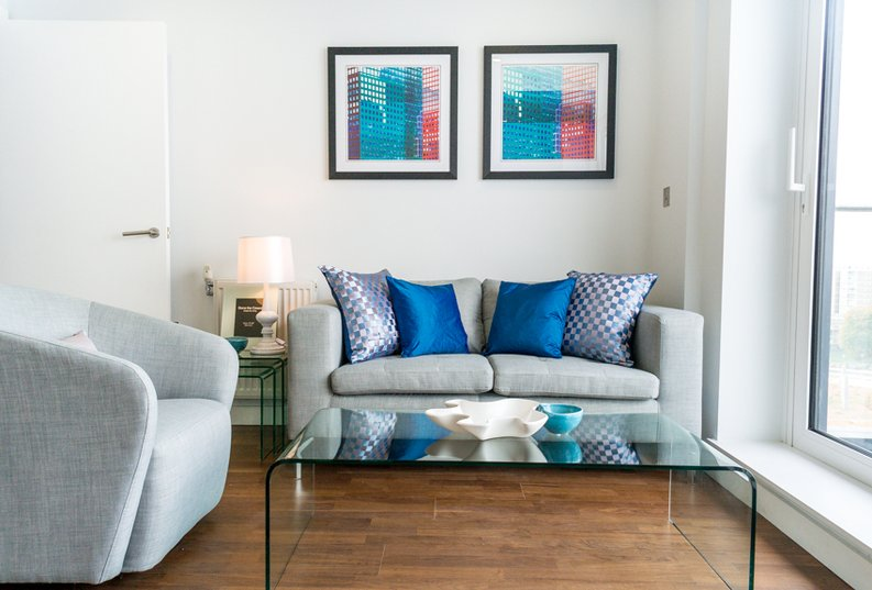 1 bedroom(s) apartment to sale in Cornmill House, 4 Wharf Street, London-image 4