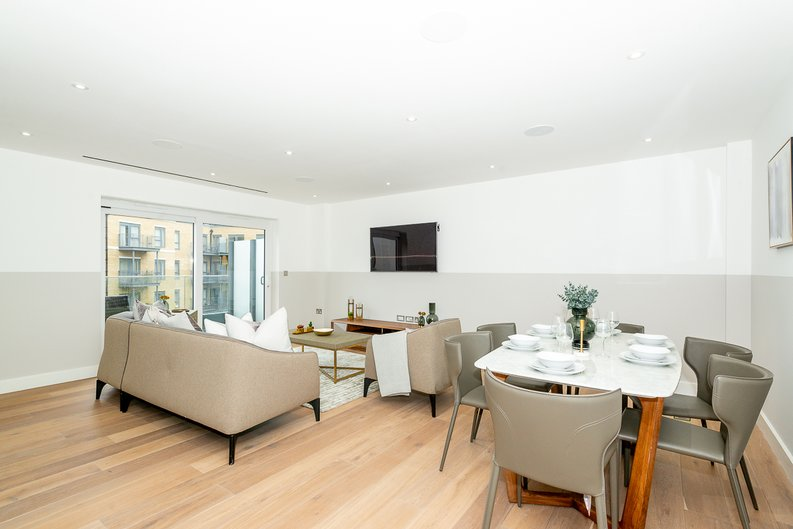 3 bedroom(s) apartment to sale in Chapman House, 24 Aerodrome Road, Beaufort Park , London-image 12