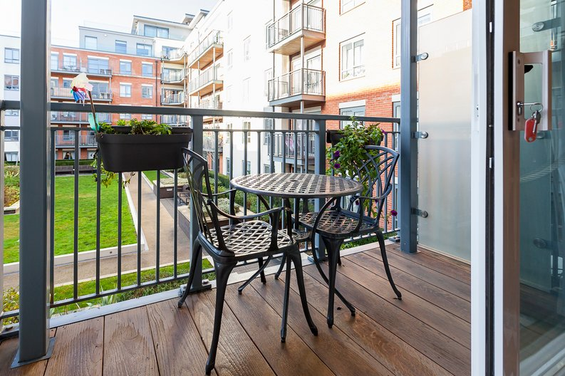 2 bedroom(s) apartment to sale in Eldon House, Aerodrome Road, Beaufort Park, Colindale-image 11