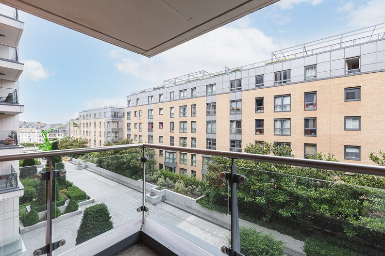 3 bedroom(s) apartment to sale in Lensbury Avenue, Imperial Wharf, London-image 6