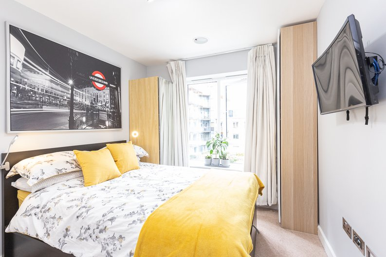 1 bedroom(s) apartment to sale in Cavendish House, Boulevard Drive, London-image 6