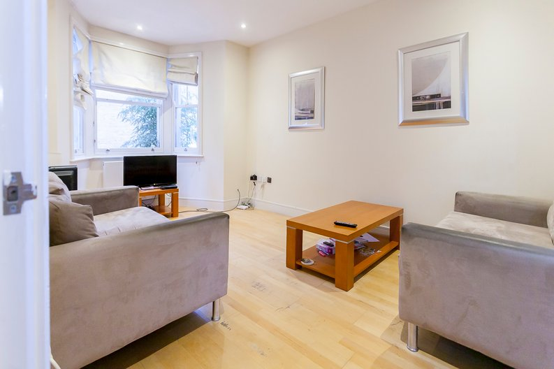 4 bedroom(s) house to sale in Marcia Road, Bermondsey, London-image 7