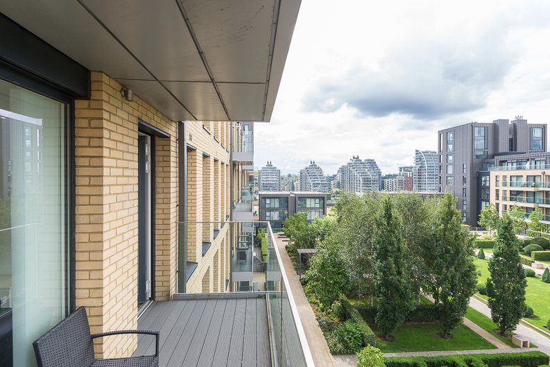 2 bedroom(s) apartment to sale in Westbourne Apartments, 5 Central Avenue, Imperial Wharf-image 17