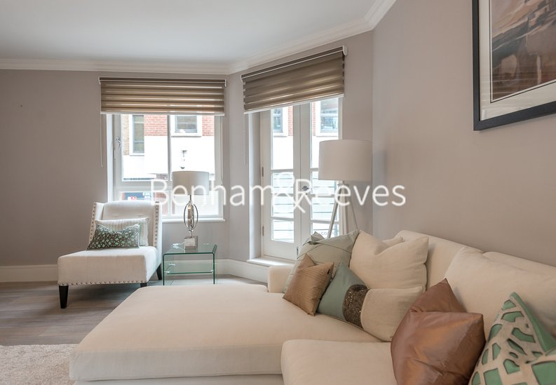 1 bedroom(s) apartment to sale in Clarges Mews, London-image 11