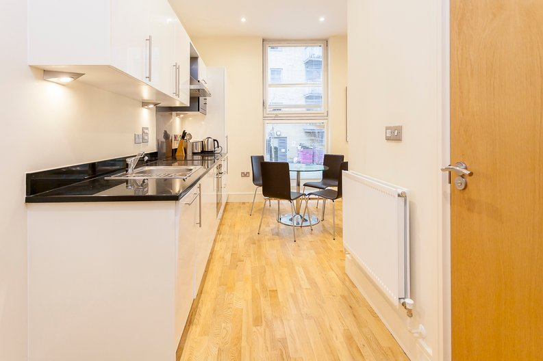 1 bedroom(s) apartment to sale in Denison House, Lanterns Way, Canary Wharf-image 2