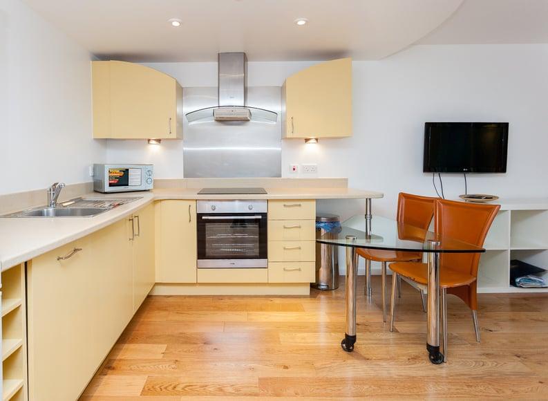 1 bedroom(s) apartment to sale in Westminster Bridge Road, Lambeth, London-image 6