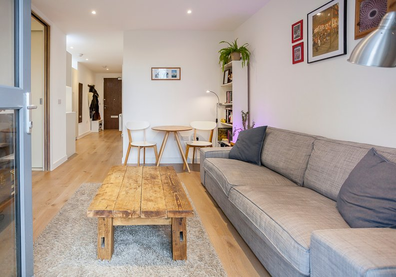 1 bedroom(s) apartment to sale in Grayston House, Ottley Drive, Kidbrooke Village-image 3