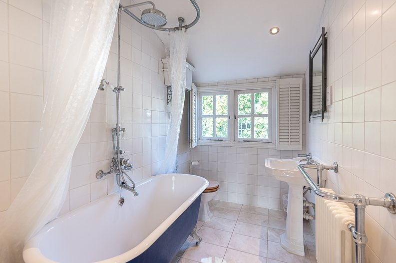 2 bedroom(s) apartment to sale in Hollycroft Avenue, Hampstead, London-image 15