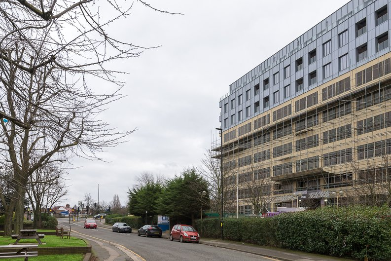 Studio apartment to sale in Westgate House, Ealing-image 6