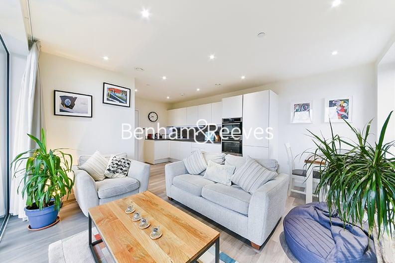 2 bedroom(s) apartment to sale in Moorhen Drive, Hendon, London-image 6