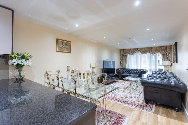 2 bedroom(s) apartment to sale in Boulevard Drive, London-image 1