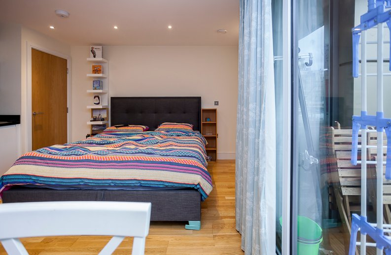1 bedroom(s) apartment to sale in Slate House, Keymer Place, Limehouse, London-image 3