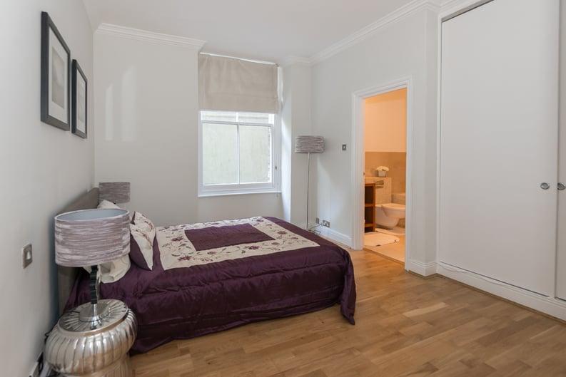 3 bedroom(s) apartment to sale in Bullingham Mansions, Pitt Street, London , Kensington-image 3