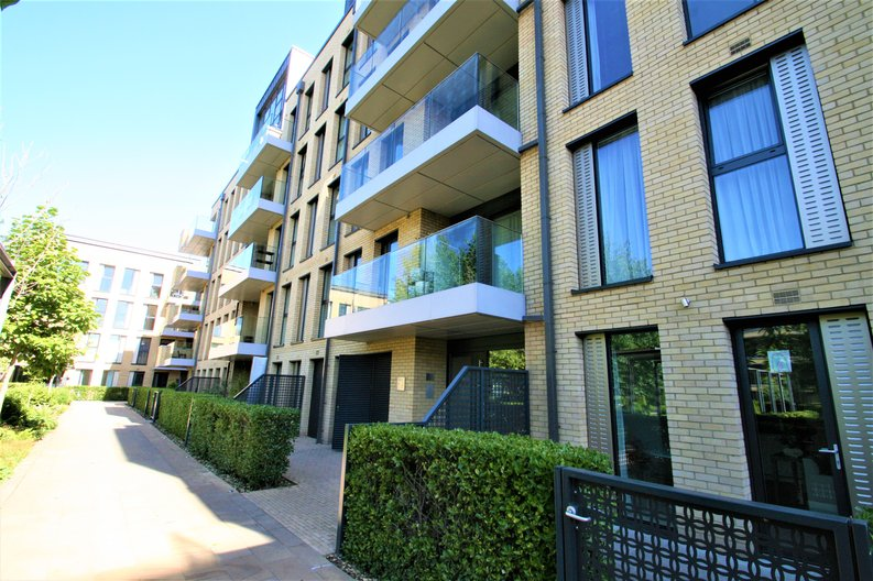 2 bedroom(s) apartment to sale in Westbourne Apartments, 5 Central Avenue, Fulham , London-image 14