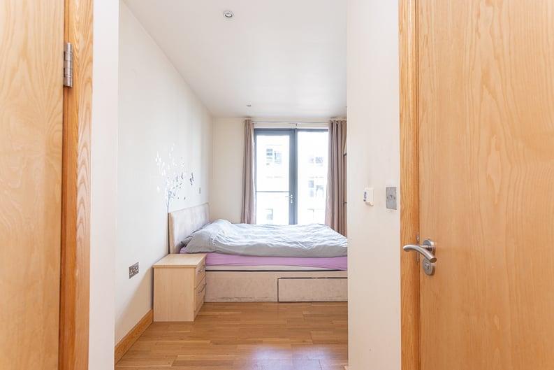 2 bedroom(s) apartment to sale in Roach Road, Hackney Wick, London-image 17