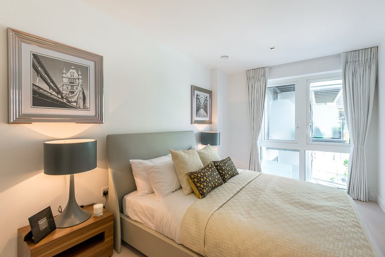 2 bedroom(s) apartment to sale in Rothschild House, 8 Kew Bridge Road, Greater London, Brentford-image 11