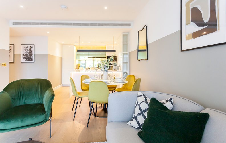 2 bedroom(s) apartment to sale in Fountain Park Way, London-image 15
