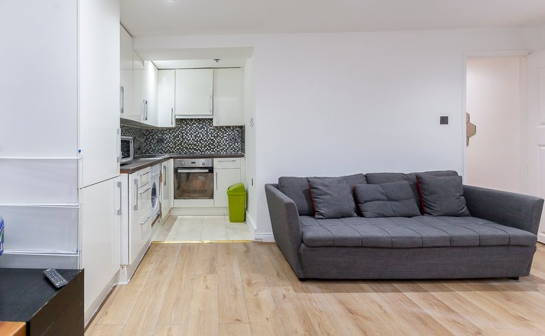 3 bedroom(s) apartment to sale in Park West, Edgware Road, Hyde Park, London-image 10
