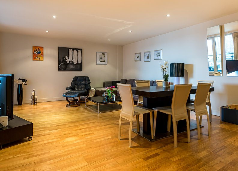 2 bedroom(s) apartment to sale in Fountain House, The Boulevard, Imperial Wharf, Fulham-image 7