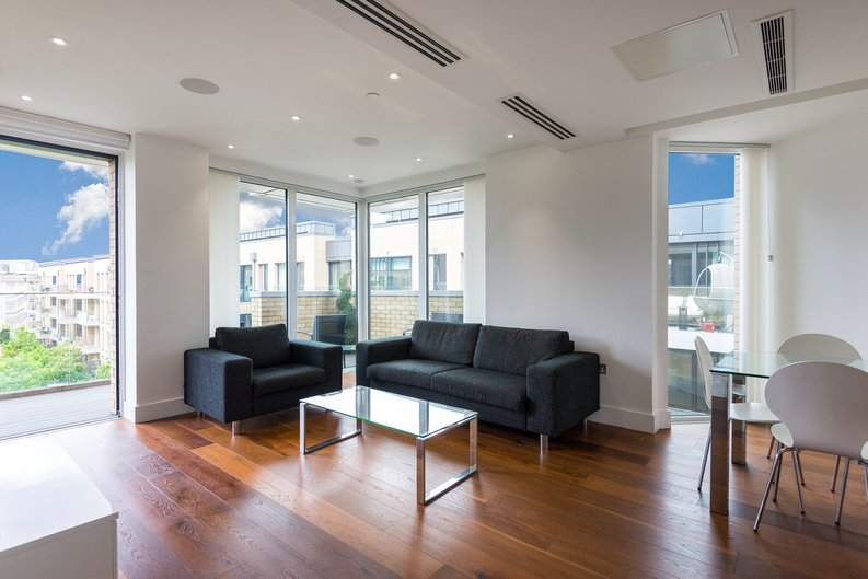 2 bedroom(s) apartment to sale in Westbourne Apartments , Central Avenue, Fulham Riverside, London-image 2
