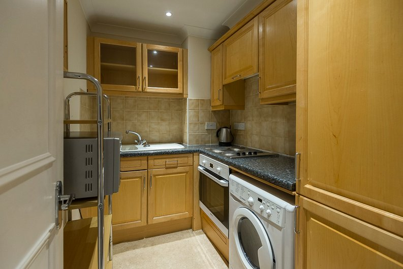 2 bedroom(s) apartment to sale in Sutherland Avenue, Maida Vale-image 5