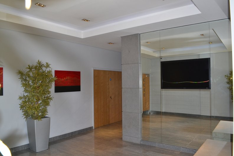 1 bedroom(s) apartment to sale in Heritage Avenue, Colindale, London-image 12