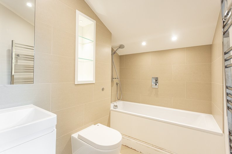 3 bedroom(s) apartment to sale in Greville Road, St. John's Wood Borders, London-image 20