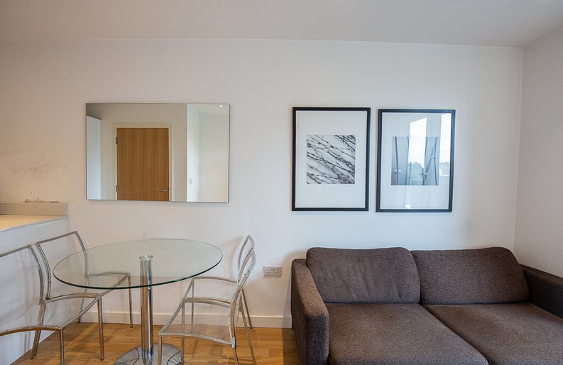 1 bedroom(s) apartment to sale in Riverside Apartments, , Goodchild Road, London-image 12