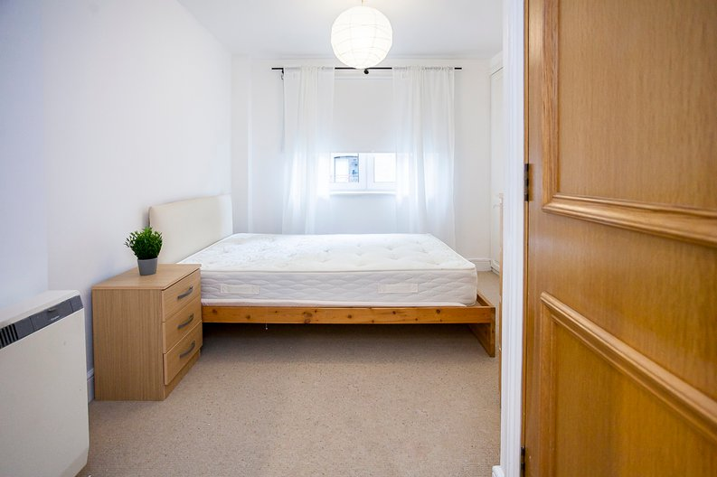 2 bedroom(s) apartment to sale in Scotts Sufferance Wharf, 5 Mill Street, Bermondsey-image 8