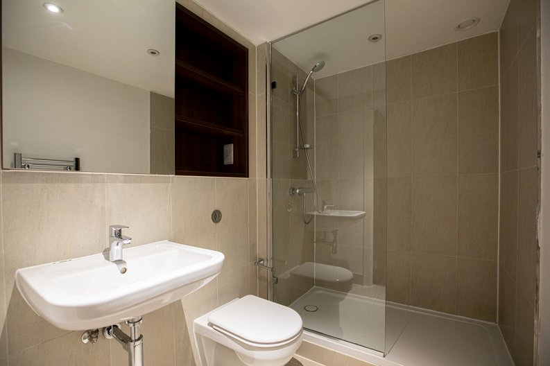 2 bedroom(s) apartment to sale in Napier House, Bromyard Avenue, London-image 10