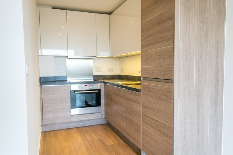 1 bedroom(s) apartment to sale in Sirius House, Seafarer Way, London-image 2