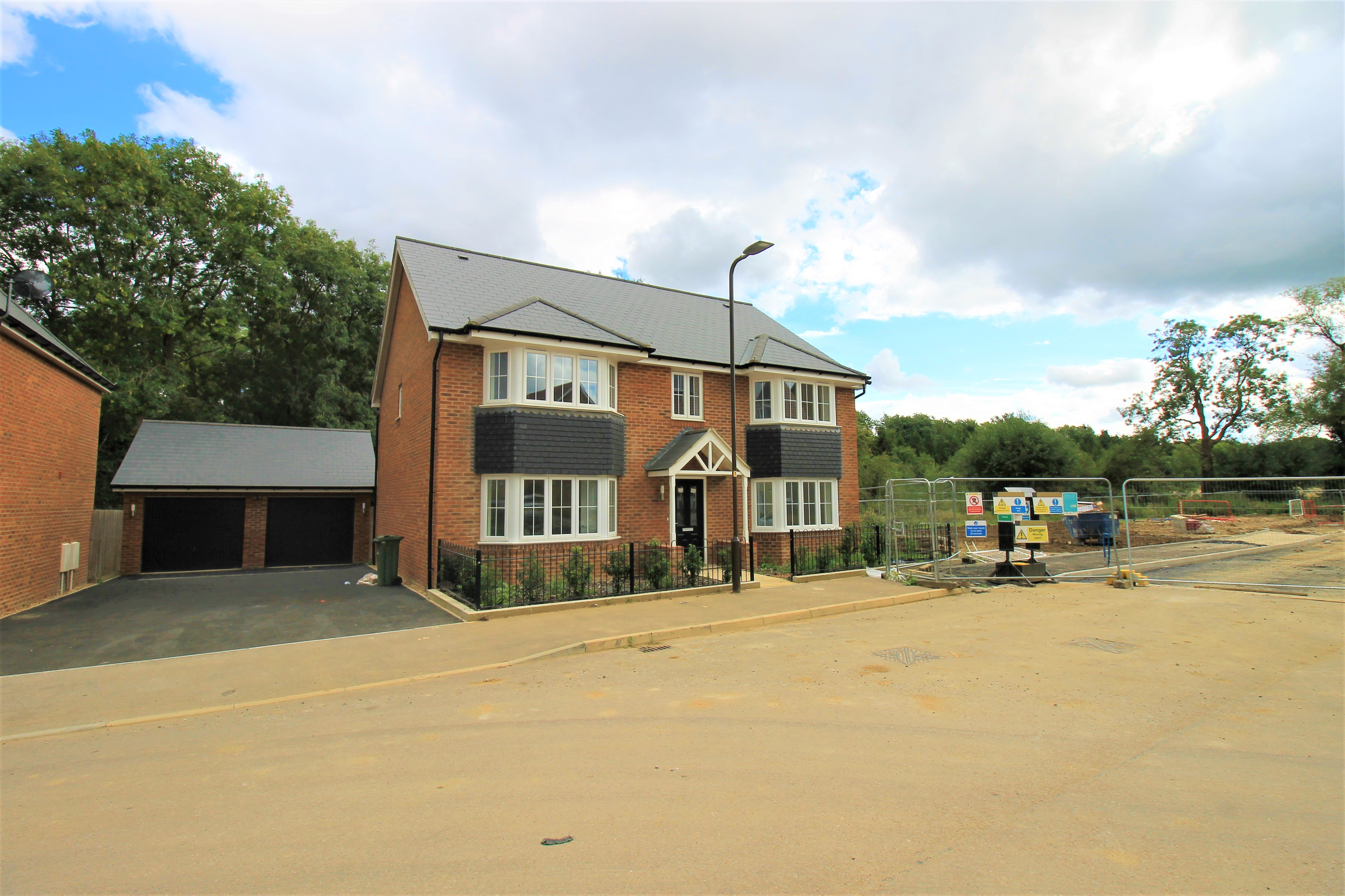 Limousin Avenue, Milton Keynes, Buckinghamshire Image