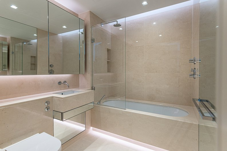 1 bedroom(s) apartment to sale in Lillie Square, Earls Court, London-image 3