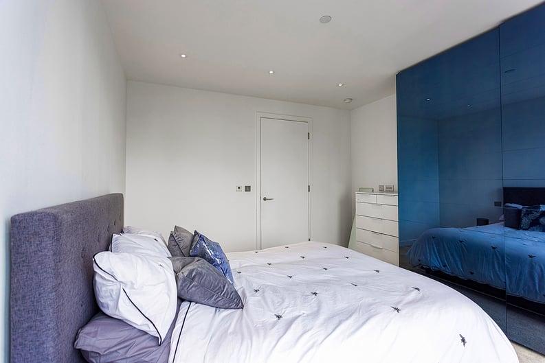 1 bedroom(s) apartment to sale in Alie Street, Whitechapel, London-image 8
