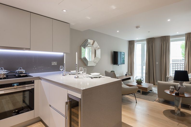 1 bedroom(s) apartment to sale in Ariel House, Vaughan Way, Wapping, London-image 1
