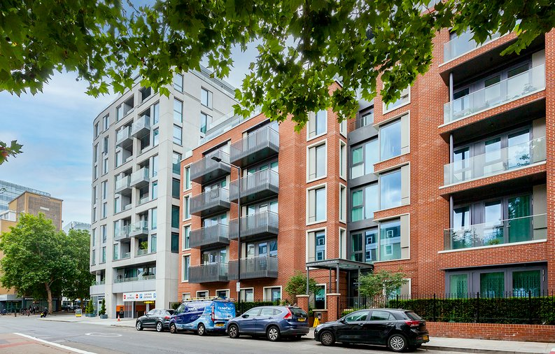 2 bedroom(s) apartment to sale in Marquis House, Sovereign Court, Hammersmith-image 15