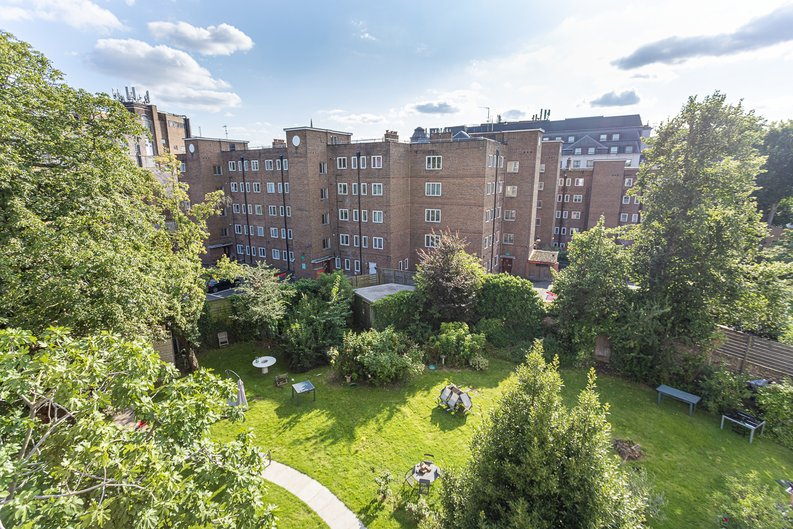 3 bedroom(s) apartment to sale in Greville Road, St. John's Wood Borders, London-image 23