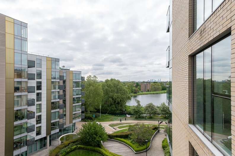 2 bedroom(s) apartment to sale in Goodchild Road, Woodbury Down, London-image 14