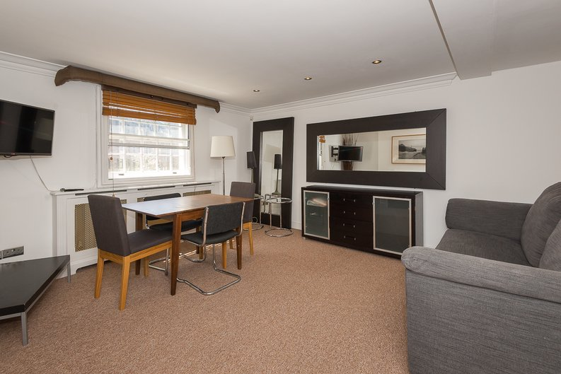 1 bedroom(s) apartment to sale in Avery Row, Mayfair-image 10
