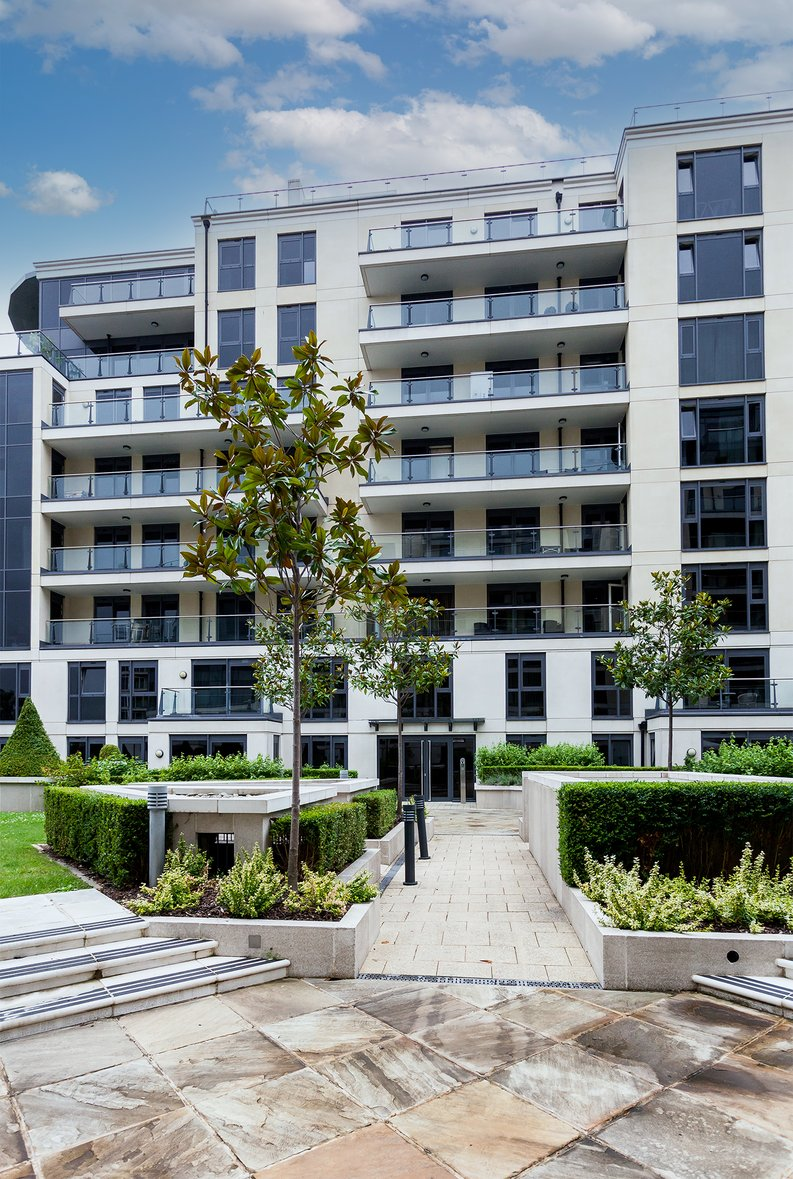 3 bedroom(s) apartment to sale in Dolphin House, Lensbury Avenue, Imperial Wharf, Fulham-image 17