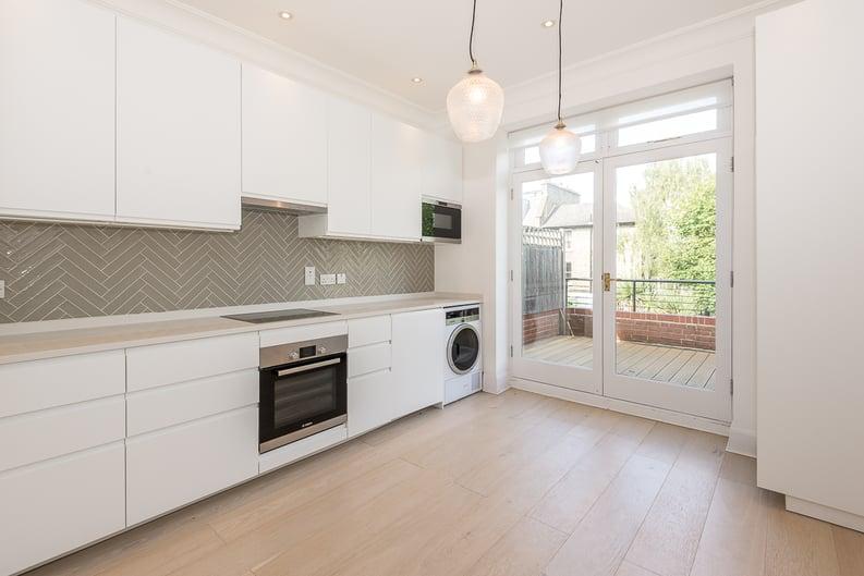 2 bedroom(s) apartment to sale in Eldon Grove, Hampstead, London-image 3