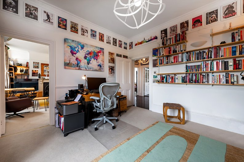 3 bedroom(s) apartment to sale in Hampstead Lane, Highgate-image 12