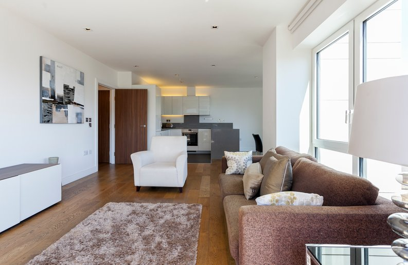 2 bedroom(s) apartment to sale in Belgravia House, Dickens Yard, Ealing-image 11