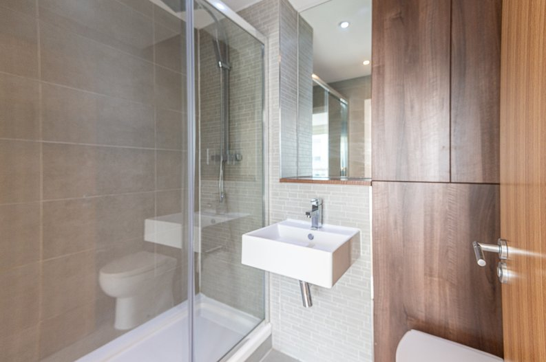 2 bedroom(s) apartment to sale in Goodchild Road, Woodbury Down, London-image 10